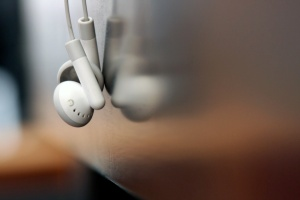 "Pic: ""iPod headphones: hangin' out"" - by el patojo, courtesy of Flickr."